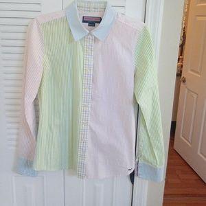 Vineyard Vines women's shirt multi pattern size 6